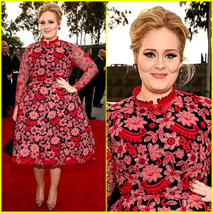 adele-grammys-2013-red-carpet